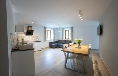 Apartma Hike - dnevni prostor