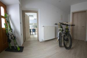 Apartma Bike - prostor za kolesa in smuči